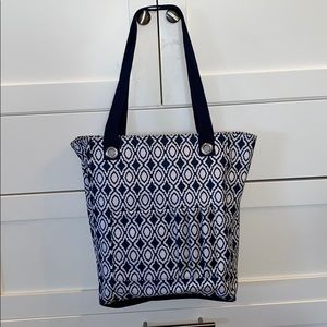 31 Tall Organizing Tote in Navy Perfect Pendant